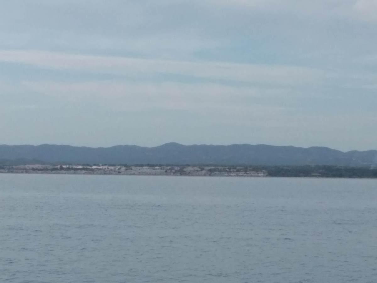 """A """"Mama Gorda"""" vista do mar"""