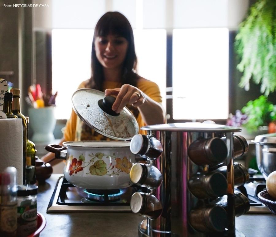 cozinha-erikakarpuk-rosa-historiasdecasa-14