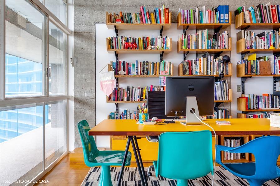 11-decoracao-copan-estante-marcenaria-escritorio
