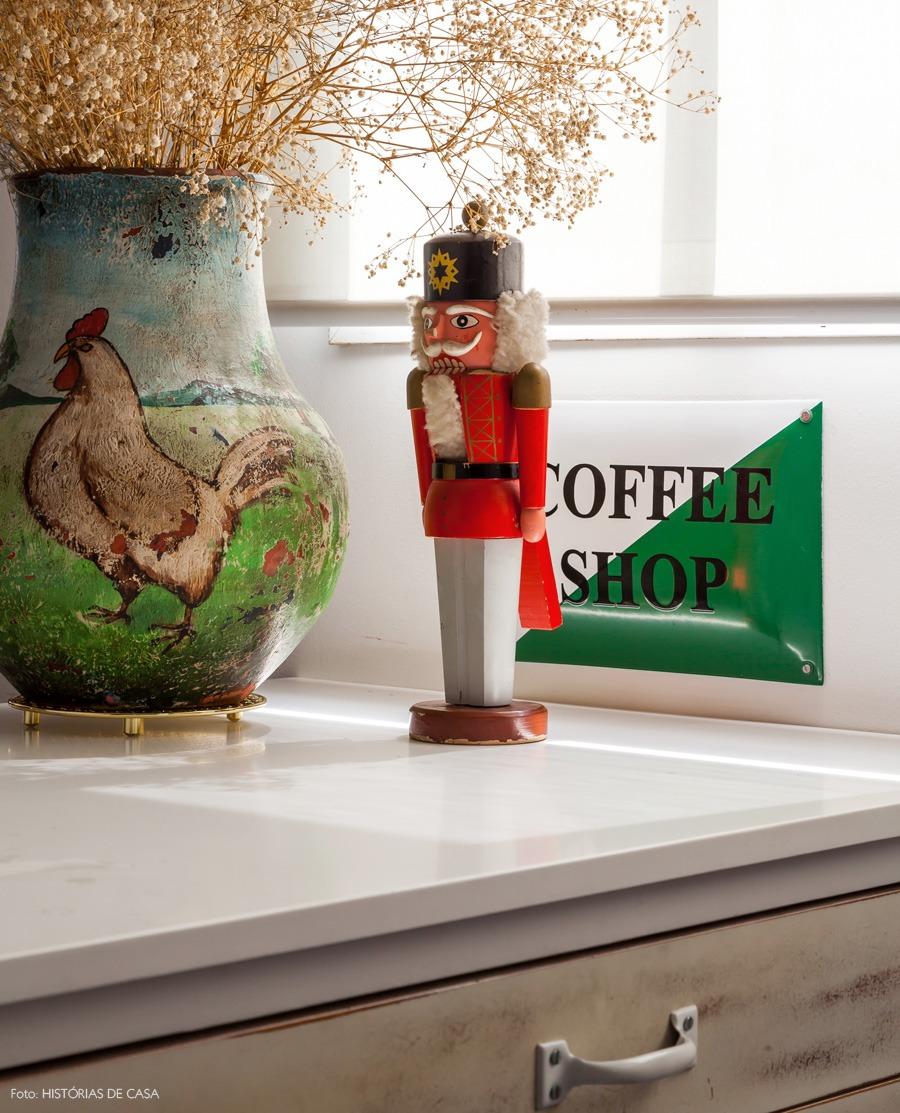 26-decoracao-bancada-cozinha-enfeite-boneco