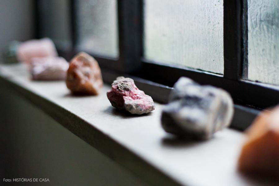 07-decoracao-cristais-pedras-janela