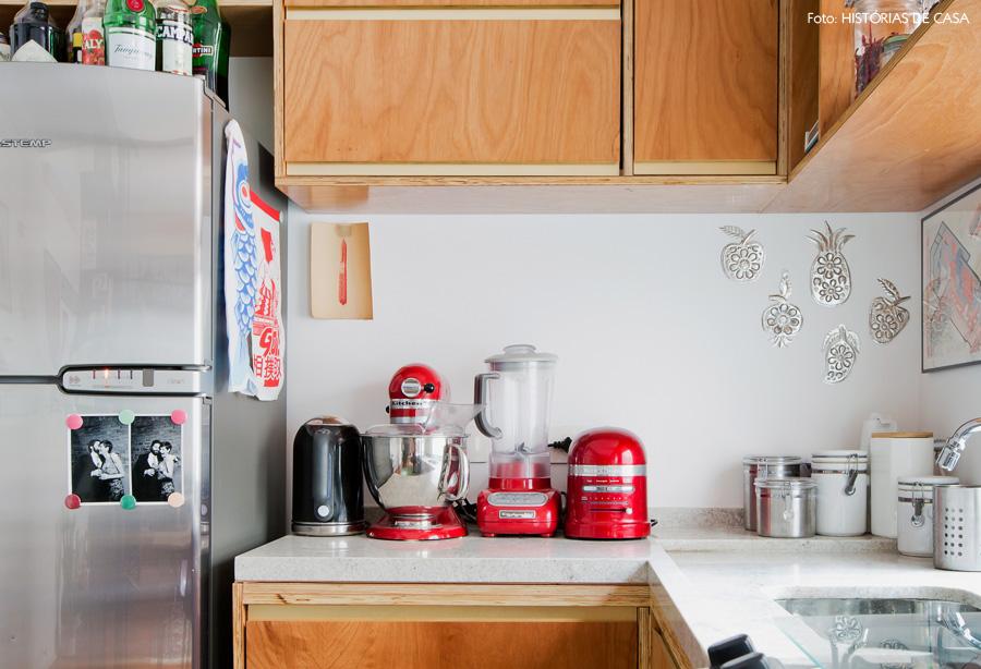 10-decoracao-cozinha-integrada-eletrodomesticos-vermelhos