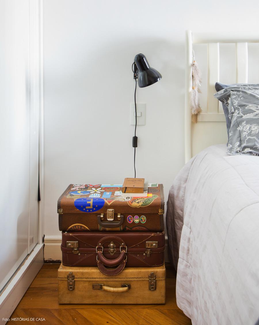 38-decoracao-quarto-cama-malas-antigas-como-criado-mudo