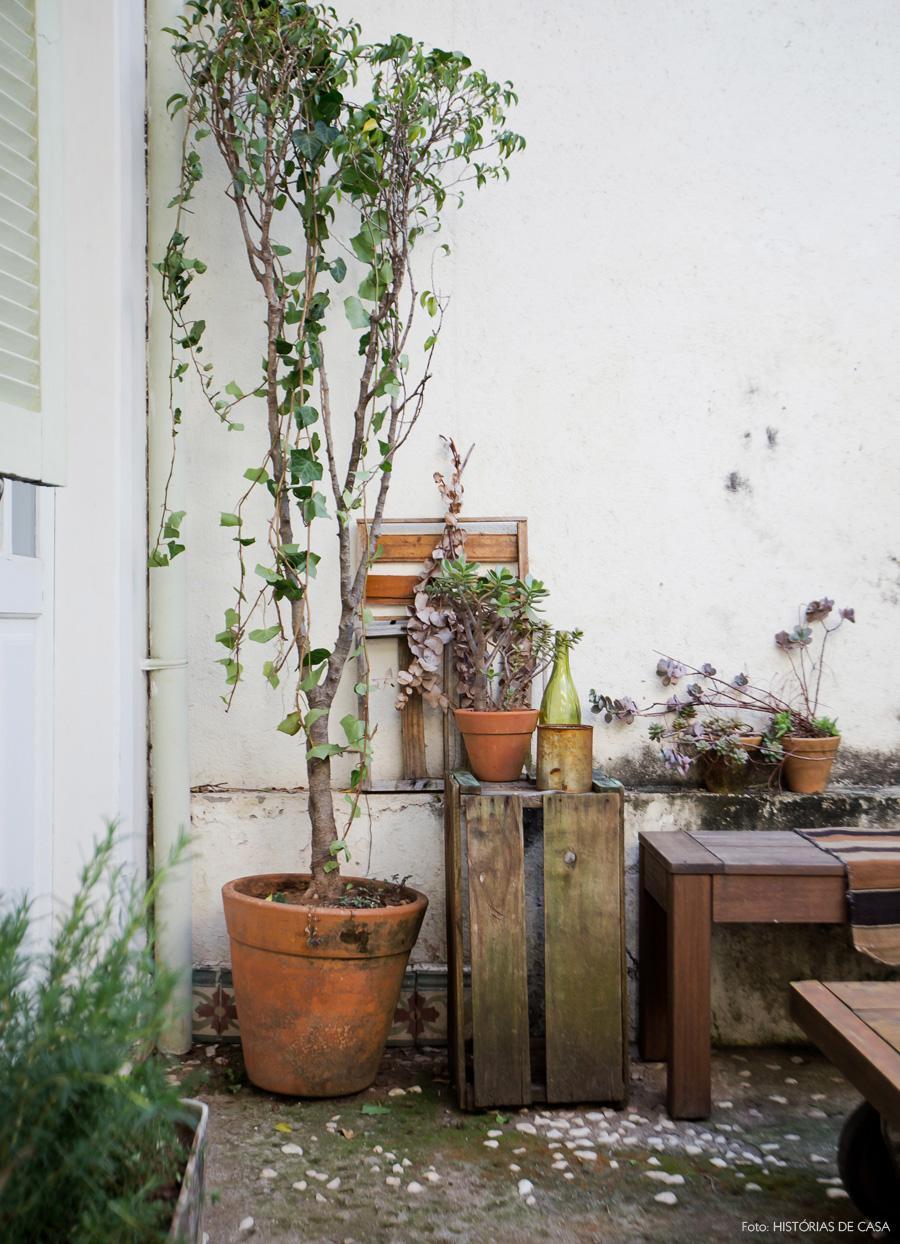32-decoracao-casa-area-externa-jardim-caixotes-plantas