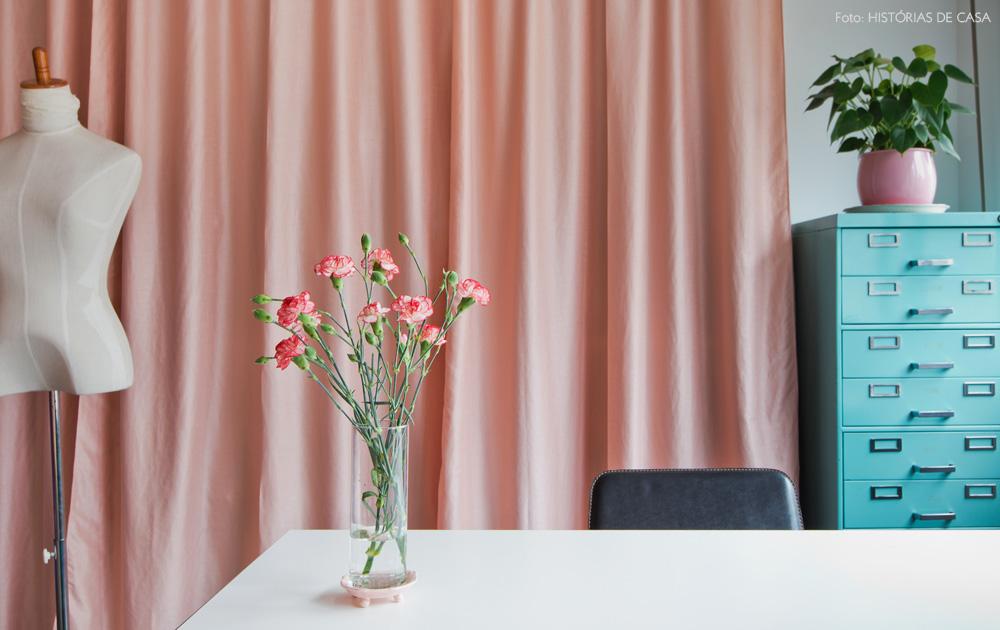 30-decoracao-atelie-figurinista-nanda-sansone-cortinas-rosa