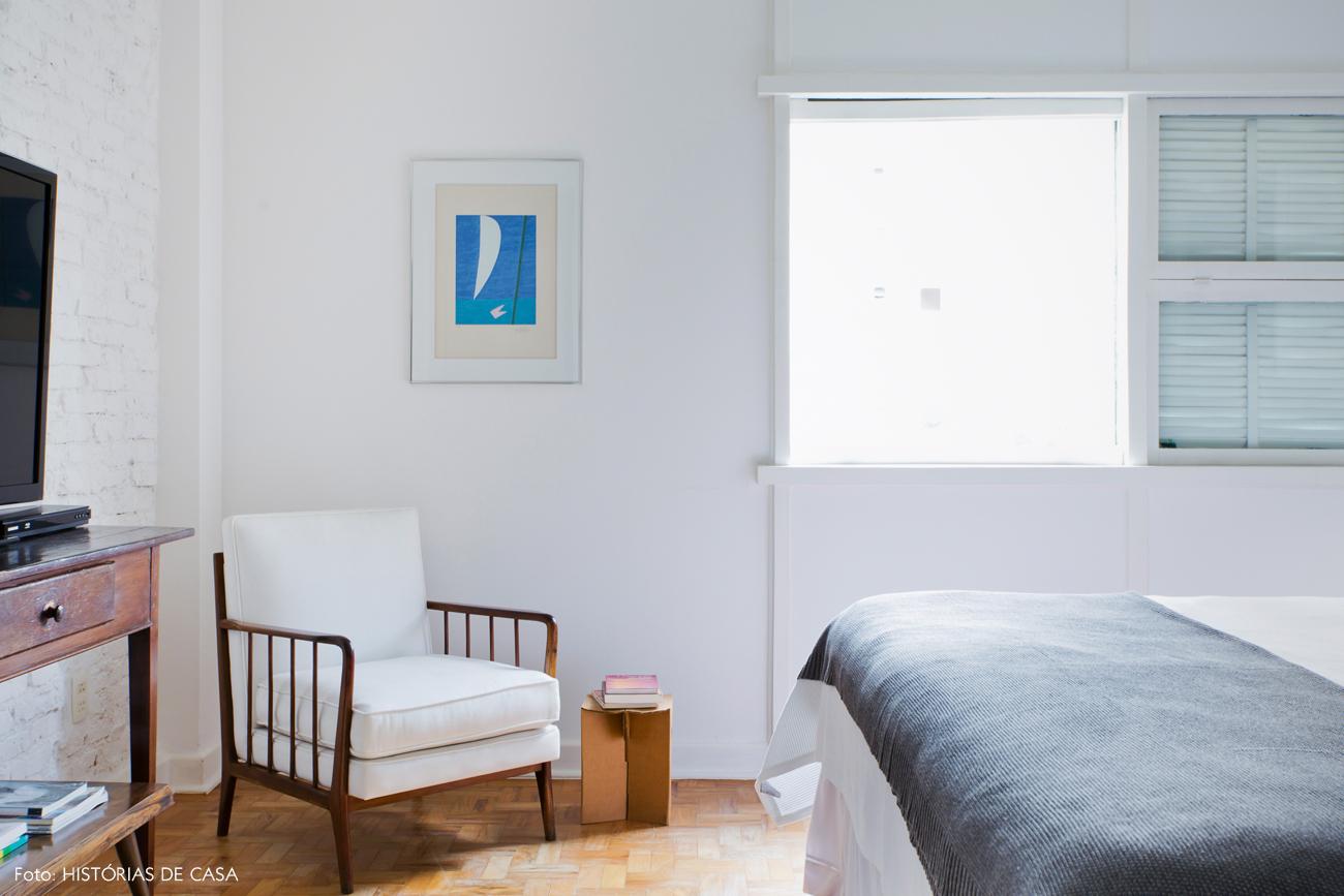 29-decoracao-quarto-tijolinho-branco-poltrona-vintage-praia