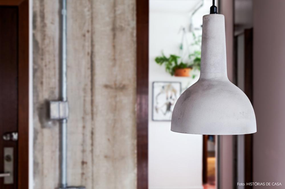 30-decoracao-cozinha-pendente-cupula-de-concreto-luminaria