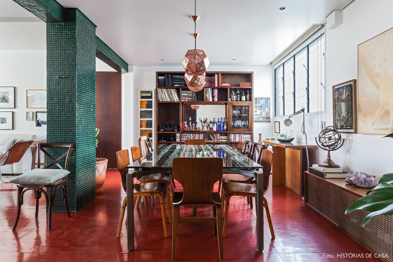 17-decoracao-apartamento-sala-de-jantar-integrada-estante