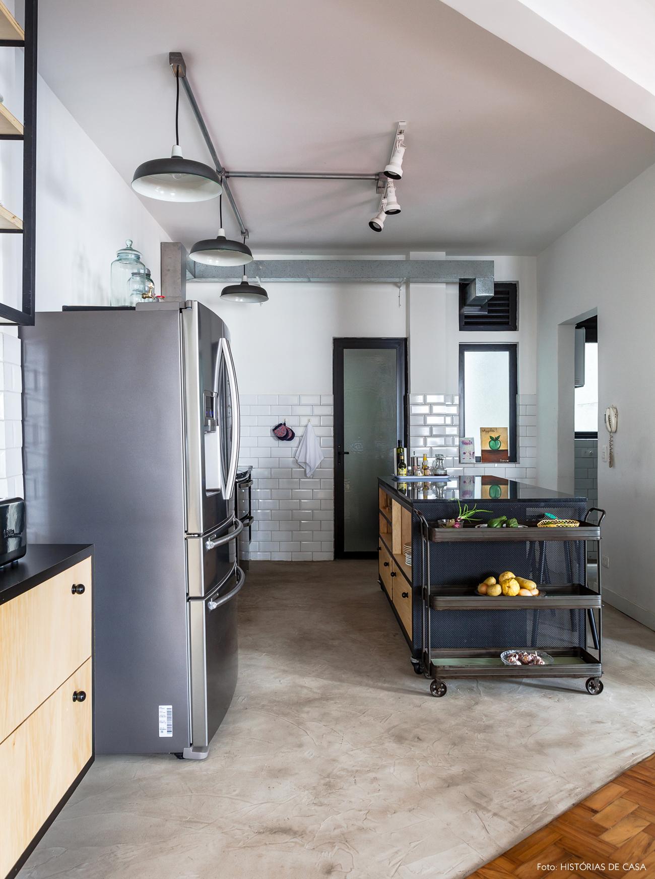 35-decoracao-cozinha-integrada-piso-cimento-queimado