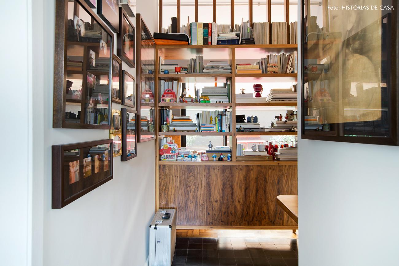 36-decoracao-home-office-integrado-estante-divisoria