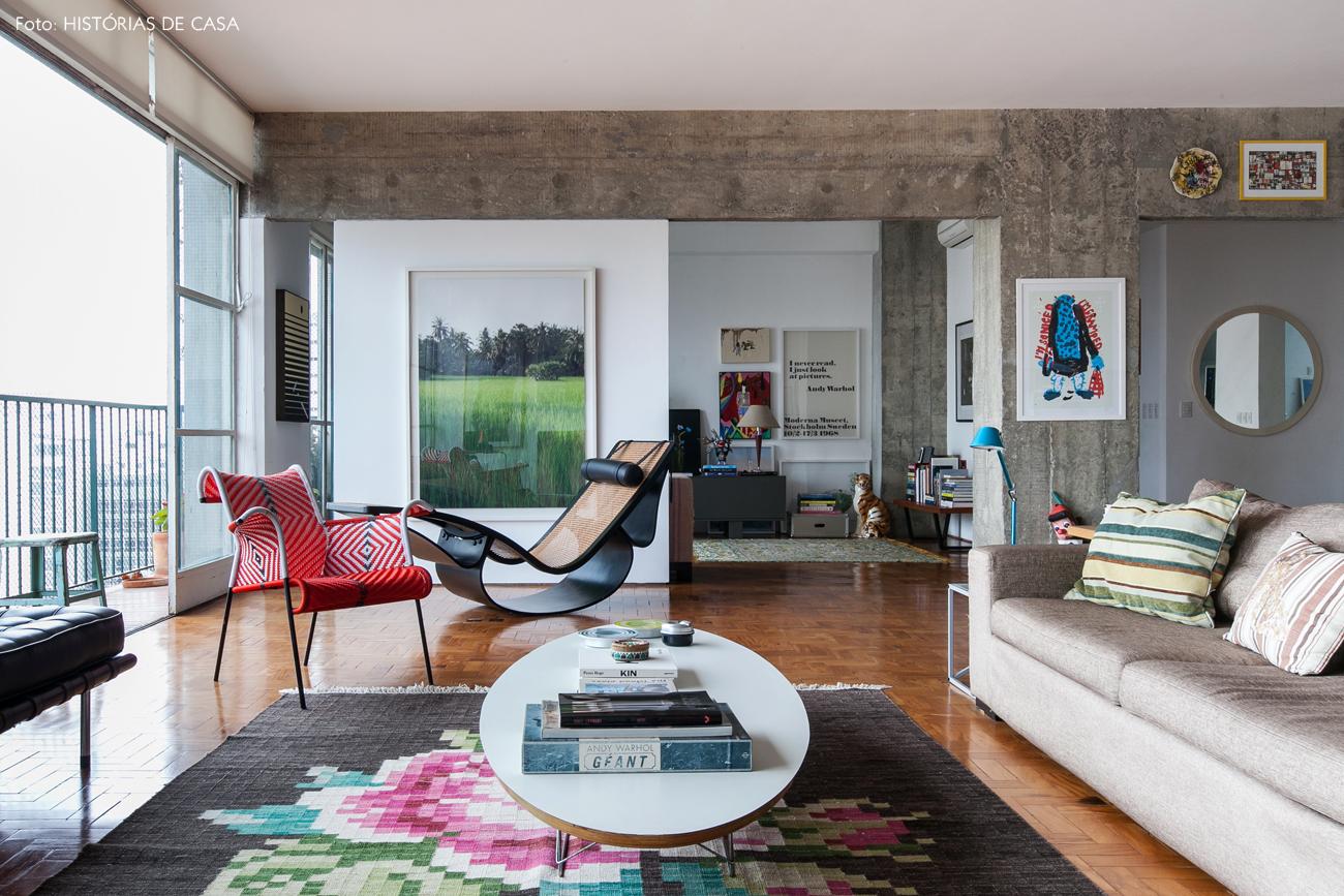 05-decoracao-sala-integrada-concreto-moveis-de-design