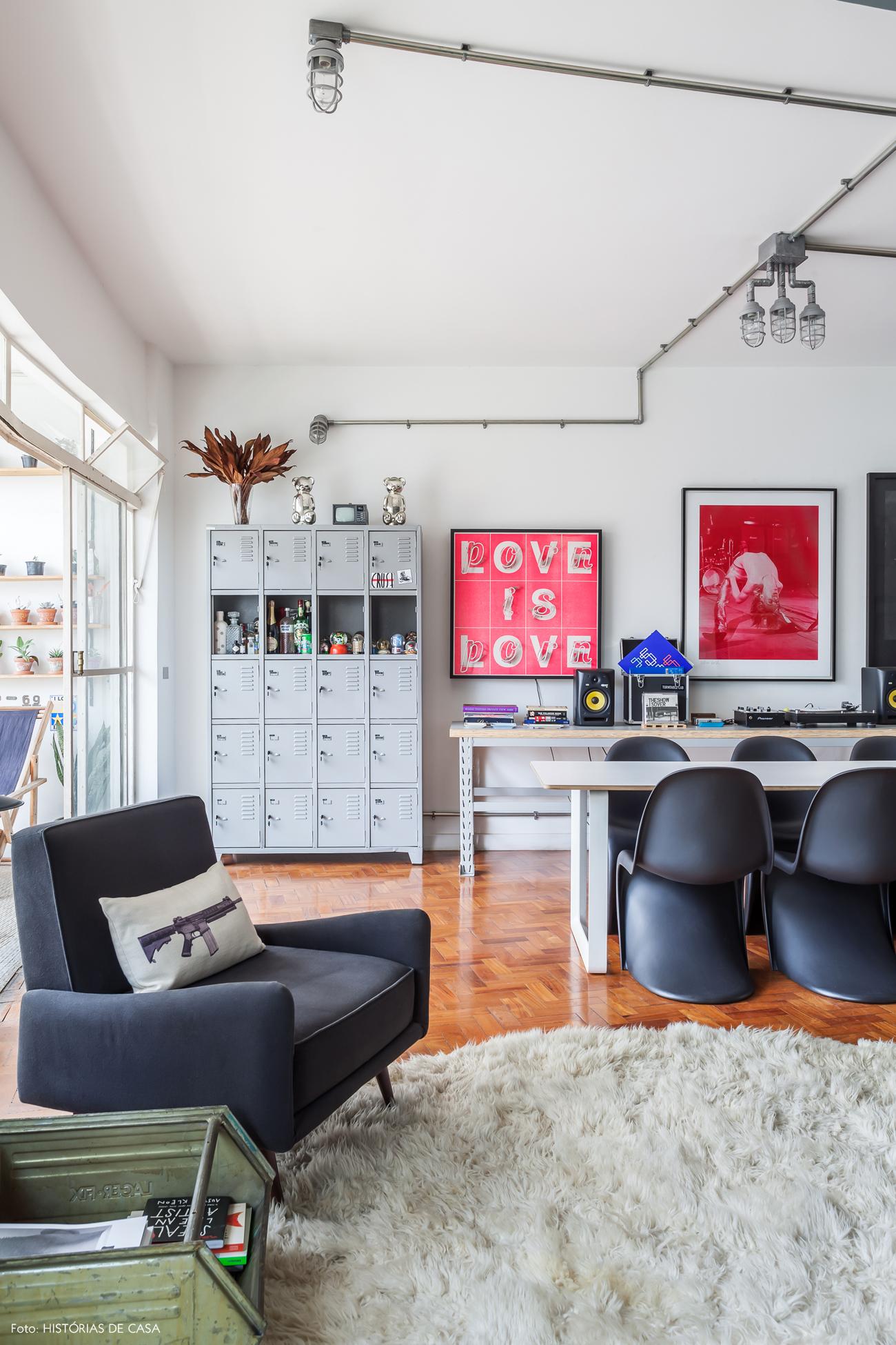 06-decoracao-apartamento-integrado-sala-estar-quadros