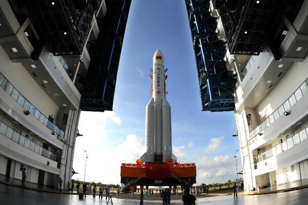China estrena con éxito su cohete más poderoso, el Larga Marcha 5
