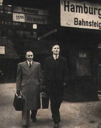 Pooley y O'Callaghan el día del juicio