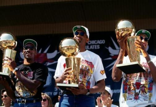 Bill Cartwright Jordan y Pippen