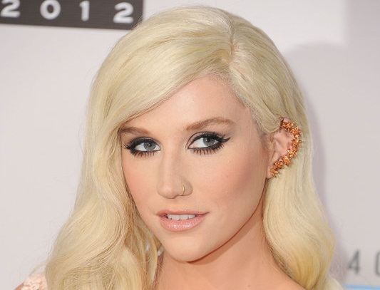 Kesha-Ear-Cuff1