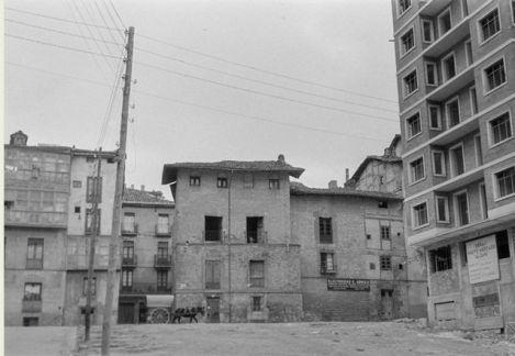 torre-dona-otxanda-1956-santiago-arina