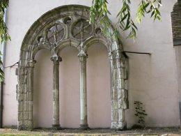 convento-santo-domingo-arco-en-residencia-san-prudencio