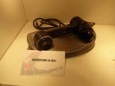 Genéfono (teléfono para comunicaciones de seguridad en atmósferas explosivas) tipo G201.