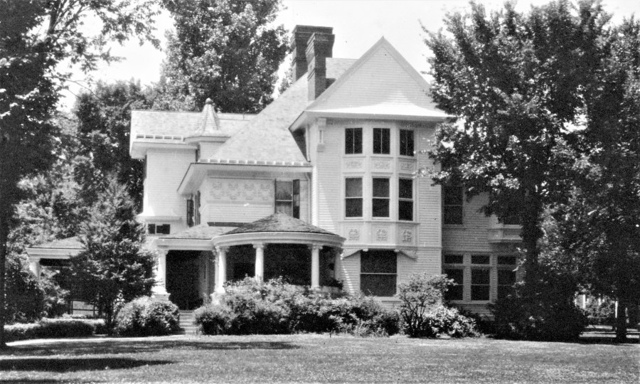 FW Buffum home - 1920