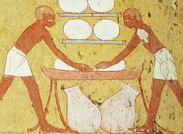 What was the diet of the pyramid builders?