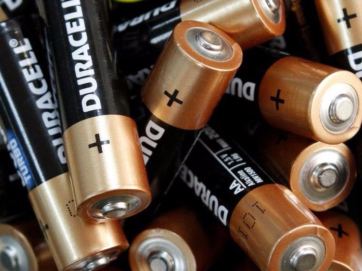 5-storing-batteries-in-the-fridge-wont-make-them-last-longer