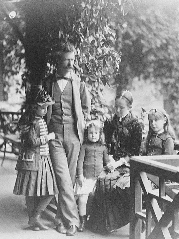 Mark Twain with his wife and three daughters