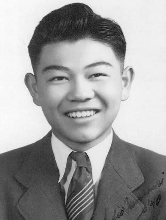 Sadao Munemori. A snapshot biography.