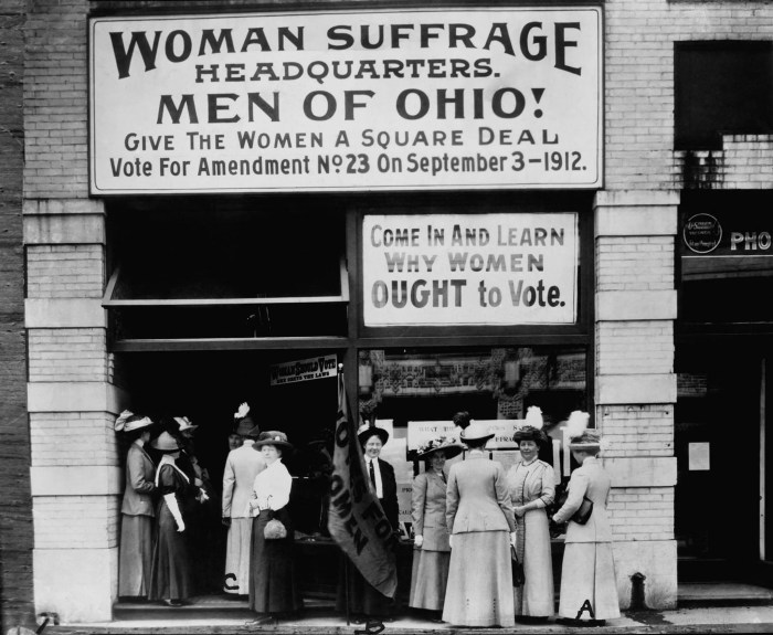 Woman suffrage headquarters in Cleveland, Ohio, 1912.