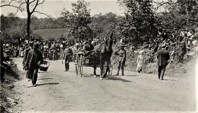 Easton 1909 hill climb peddler