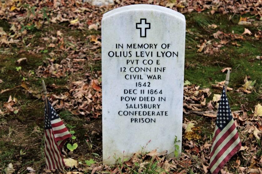 Easton HSE M100 Olius Levi Lyon