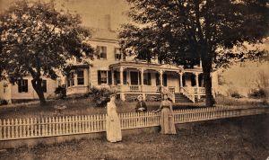 Ward Homestead 265 Center Road, c. 1800.