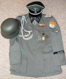 Sturmbannfhr Heinz Werner, Kdr. III. / Der Führer. Order Catalog for http://soldat.com/ or Soldat FHQ on Facebook.