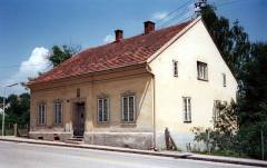 The house in Leonding where Hitler spent his early adolescence (c. 1984).