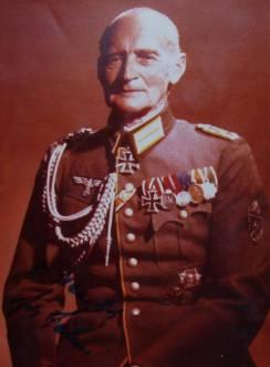 Hugo von Senger.