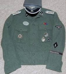 Waffen SS medical officer from Hohenstaufen. Made by http://soldat.com/ or Soldat FHQ on Facebook.