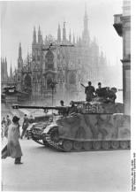 LSSAH Panzer IV Ausf. H in Milan, Italy, September 1943.