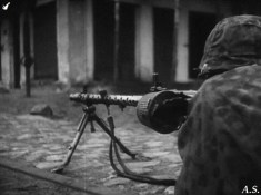 Armed soldier of the Waffen-SS and when using MG-34 + drum magazine.