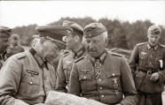 Brandenburger and von Manstein going over plans during Barbarossa.