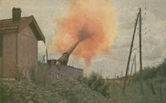 Railway artillery in action.