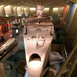 The U-505 Submarine in the Museum of Science and Industry invites you to step inside the real U-505—the only German submarine in the United States.
