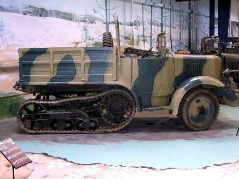 P107 at Musée des Blindés.