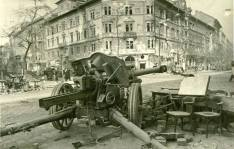 Pak Anti-Tank Gun 75mm in Budapest, 1945.