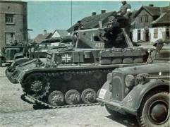 Panzer IV waiting.