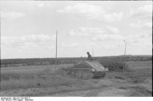 Sd.Kfz 252 on the ground, in Russia, August 1943.