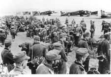 Mountain troops prior to their transfer to Crete.