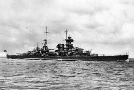Heavy Cruiser Admiral Hipper