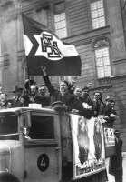 Supporters of Schuschnigg campaigning for the independence of Austria in March 1938, shortly before the Anschluss.