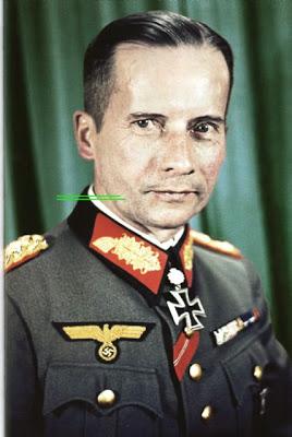 General der Infanterie Kurt von der Chevallerie after receiving Eichenlaub #357 as Kommandierender General LIX.Armeekorps