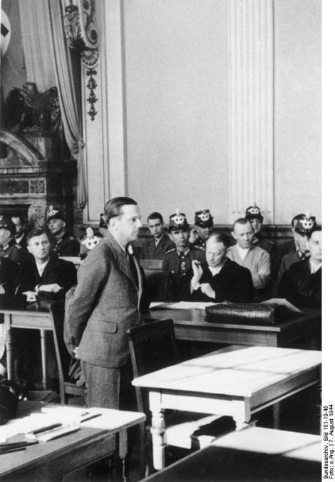 Helmuth Stieff at the court.